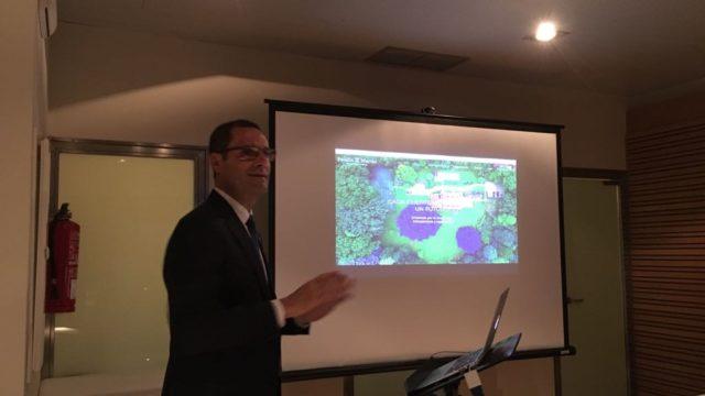 Padilla y Martín presenta su página web